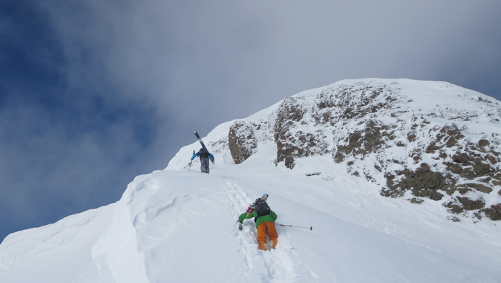 An unanticipated summit scramble. [Photo] Karin Kirk