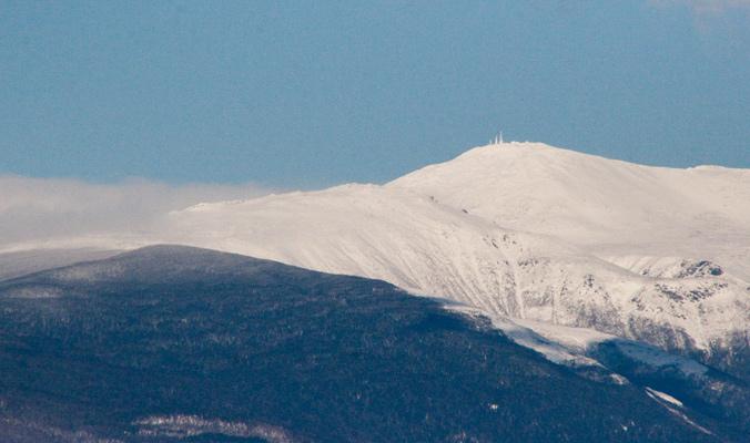 Snow on Mt. Washington. [Photo] @Jenn