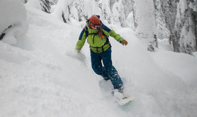 Co-founder of Pallas Snowboards, Stephanie Nitsch making some turns. [Photo] Gary Martin