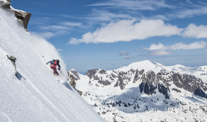Holly Walker hitting the steeps in La Grave. [Photo] Sebastien Baritussio