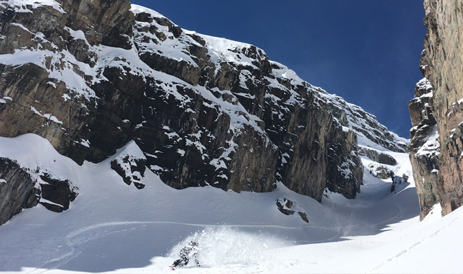 Laura Hadar getting barrelled in powder coming down the garbage shoot of Maroon Peak. This peak is also referred to as South Maroon. [Photo] Nicky Anastas