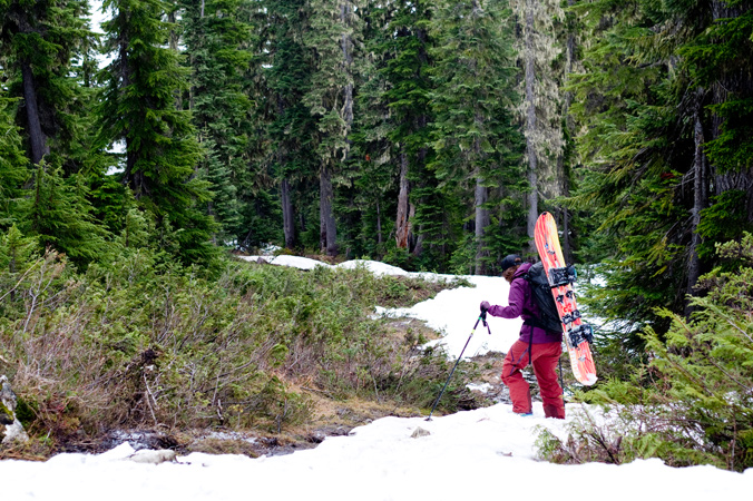 Abby Cooper enjoys the approach for summer turns. [Photo] Kate Zessel