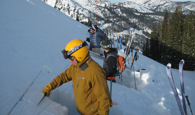 A level 1 avalanche course practices digging snowpits. [Photo] Courtesy American Avalanche Institute