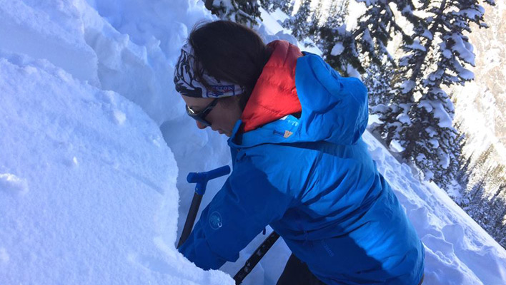 Mountain Skills: Social Media vs. Snow Safety