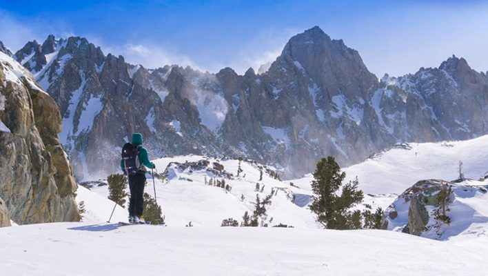 How the climbing app Rakkup could provide backcountry skiers with fast, mobile guidebook access
