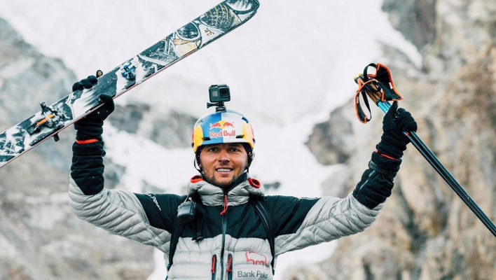 Andrzej Bargiel makes history with first ski descent of K2