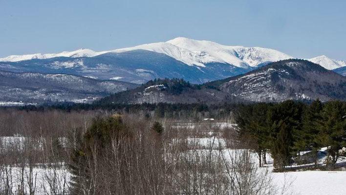 Skier dies near Mt. Washington's Tuckerman Ravine